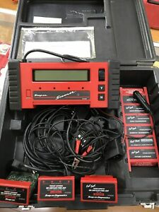Snap on Mt2500 Scanner With Adapters Manuals Case Cables