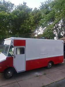 24 Chevy P30 Food Truck W A 2019 Mobile Kitchen Build out For Sale In Michigan