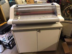 Gbc Heatseal Ultima 65 Thermal 27 Inch Max Width Roll Laminator With Cart