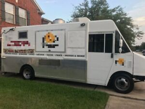 Loaded 2002 Chevrolet Workhorse Step Van Kitchen Food Truck Used Mobile Kitche