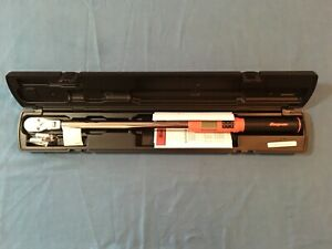 New Snap on 1 2 Drive 15 To 300 Ft Lb Techangle Torque Wrench Atech3f300ob