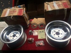 Vintage 1960 s International Nos 15 X 8 5 Aluminum Slotted Mag Wheels Pair Day 2