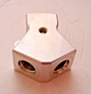 Fuel Y Block Billet Aluminum Nos 10 An Inlet And Two 8 An Outlets 10 An 8 An