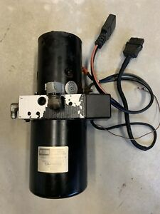 Western Snow Plow Flostat Pump Removed From Ultramount Straight Blade