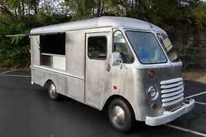 Lightly Used Grumman Step Van Food Truck For General Use In Sparkling Condition