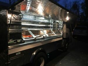 Fully Operational 2003 Chevy W3500 Canteen Style lunch Serving Food Truck For Sa