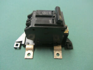 Ge 10055029g1 With Type Thhql 100 Amp Circuit Breaker