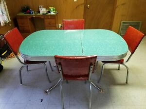 Vintage 1950 S Green Formica Table With 4 Red Chairs