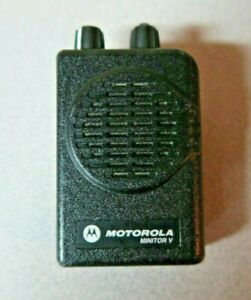 Motorola Minitor V 5 Uhf Stored Voice Sv Pager Single Channel 470 478 Mhz