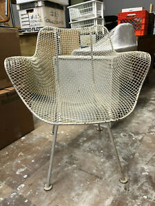 Auth Mid Century Russell Woodard Sculptura Wire Mesh Outdoor Dining Lounge Chair
