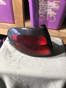 2003 Ford Taurus Driver Side Tail Light
