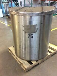 200 Gal Stainless Steel Single Wall Storage Tank 38 dia X 42 h With Cover