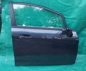 11 19 Ford Fiesta Front Passenger Side Door