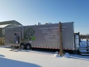 Very Spacious 2015 8 5 X 30 World Wide Food Concession Trailer mobile Kitchen
