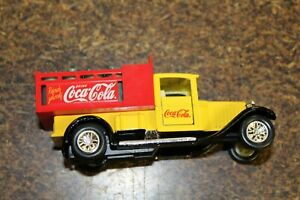 SS 4625-30 COCA-COLA OLD TIME TRUCK WITH LOAD 1/43 SCALE