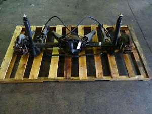 94 95 Ford Mustang Gt 8 8 Rearend Axle Assembly 2 73 Gear Take Out 102