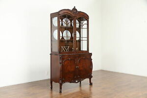 Carved Vintage China Or Curio Display Cabinet Romweber 30822