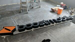 Gently Used 3d Led Boost Mobile Sign Great Condition 10 3 X 2