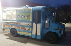 Used Gmc Kitchen Food Truck With Pro Fire Suppression System Mobile Food Unit