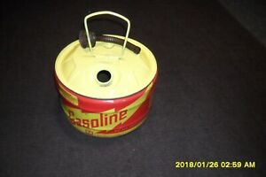 Vintage 2 1 2 Gallon Round Steel Gas Can Midwest Can Co Vented Ez To Use