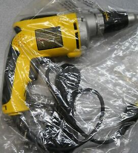 Dewalt Dw272 Vsr Drywall Screwgun 6 3 Amp 0 4 000 Rpm Brand New