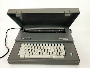 Smith Corona Electric Typewriter Sl105 With Cover Fully Functional