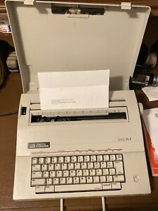 Smith Corona Electric Typewriter 240 Dle Model 5a With Lid Works Great Ln
