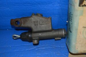 Nos 1950 1951 Chevrolet Master Cylinder With Powerglide Eis