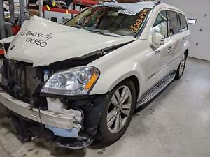 Automatic Transmission Out Of A 2011 Mercedes Gl450 With 96 973 Miles