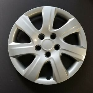 One Wheel Cover Hubcap Fits 2010 2011 Toyota Camry 16 Silver 7 Spoke