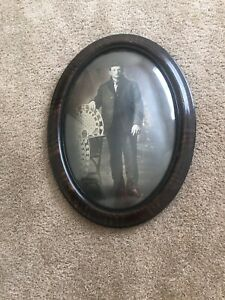 Vtg Portrait Picture Convex Bubble Glass Tiger Stripe Oval Wooden Frame 22 5x16