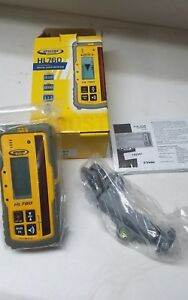 Spectra Precision Hl760 Digital Readout Receiver W rod Clamp
