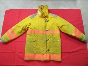 Firefighter Turnout Jacket Coat 40 42 Chest 32 Sleeve Quaker Safety Gear Fire