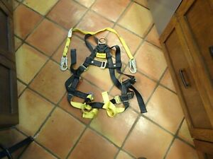 Elk River 42309 Universal Safety Harness New In Box W lanyard
