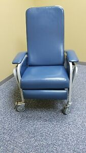 Winco Model 653 Medical Recliner Chair Blue