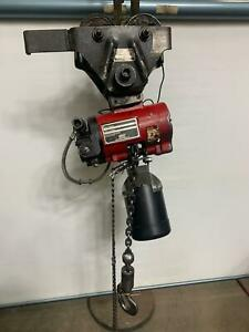 Aro 1 2 Ton 7700 Series Pneumatic Hoist 7756e 1100lbs 10 Lift W trolley Air Ir