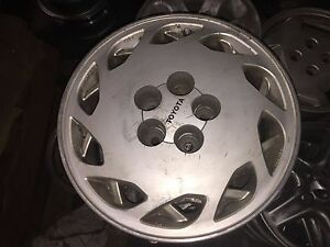 1 Used 16 X 7 Toyota Supra Wheel Hollander 69215 right And Left