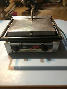 Simonelli Single Panini Grill Grooved Sandwich Press 120v 1700w