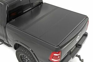 Rough Country Hard Tri Fold Fits 09 18 Dodge Ram 6 4 Ft Bed Tonneau Cover