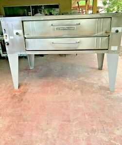 Bakers Pride Single Deck Pizza Oven Model Y 600