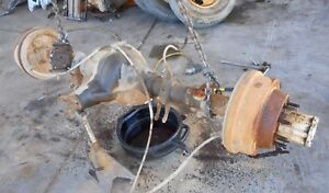 1985 1986 Ford F350 Pickup Rear Axle Assembly Oem 4 10 Ratio 137 000 Miles