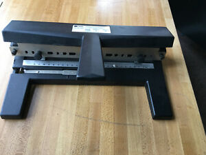 Acco Heavy Duty 3 Hole Punch Model 440 Office School