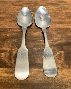 Hall Elton Meriden Brit 2 Teaspoons Possible Coin Silver