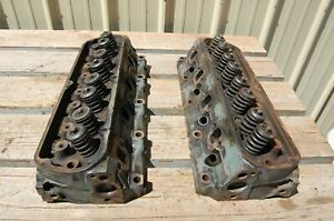 Pair Of 1985 1987 Ford 302 Cu Cylinder Heads E5he Ca Dated 1986 Used
