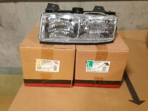 89 96 Chevrolet Corsica Left And Right Headlamps New Aftermarket