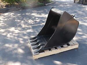 New 24 Wain Roy Style Backhoe Bucket To Fit 1 4 Yd Coupler