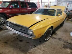 Pair Right left Front Spindle knuckle Changeover Comple Fits 1971 Mustang 678476