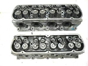 1970 Mustang 302 V 8 Engine Cylinder Heads D00e Pair