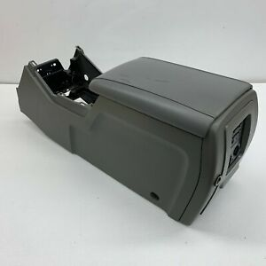 2003 2006 Oem Ford Expedition Center Console Armrest Storage 03 06 S6333
