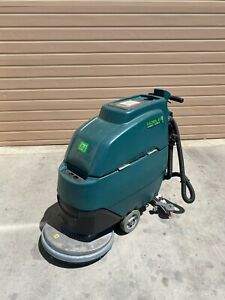 Nobles Speed Scrub Ss5 32d Commercial Walk Behind Disk Floor Scrubber 93 8 Hr